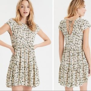 American Eagle | Daisy Print Swing Babydoll Dress